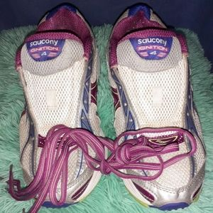 EUC Saucony Ignition 4 Running Shoes